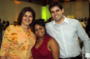 Adriana Caldeira, Fábia Lima e Willer Jr - durante evento da secretaria de educação de Santa Luzia