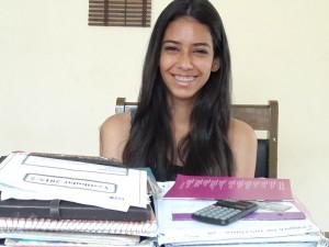 Maria Laura sonha com uma vaga para cursar Direito